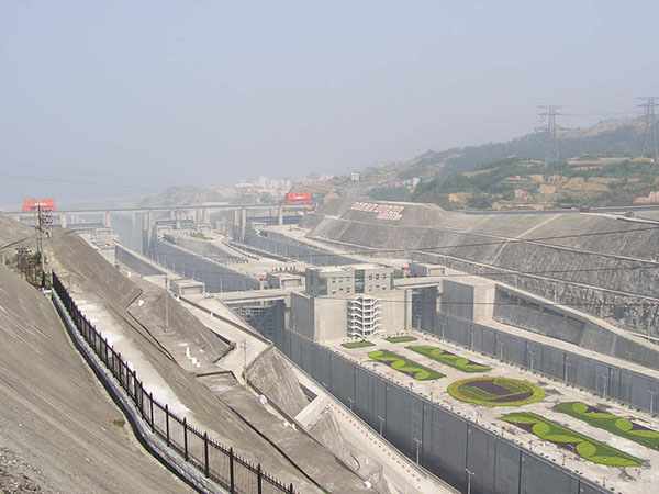 9.Three_gorges_dam